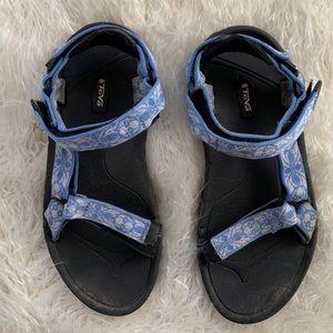 Teva Blue Floral Strap Sandals Women's Size 8